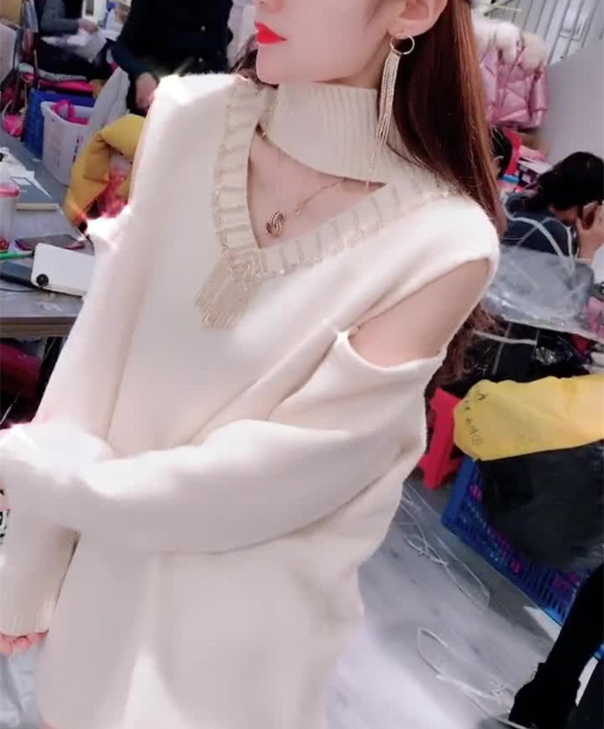 800360 European early fall 2019 new fashion off shoulder high neck sweater and sweater
