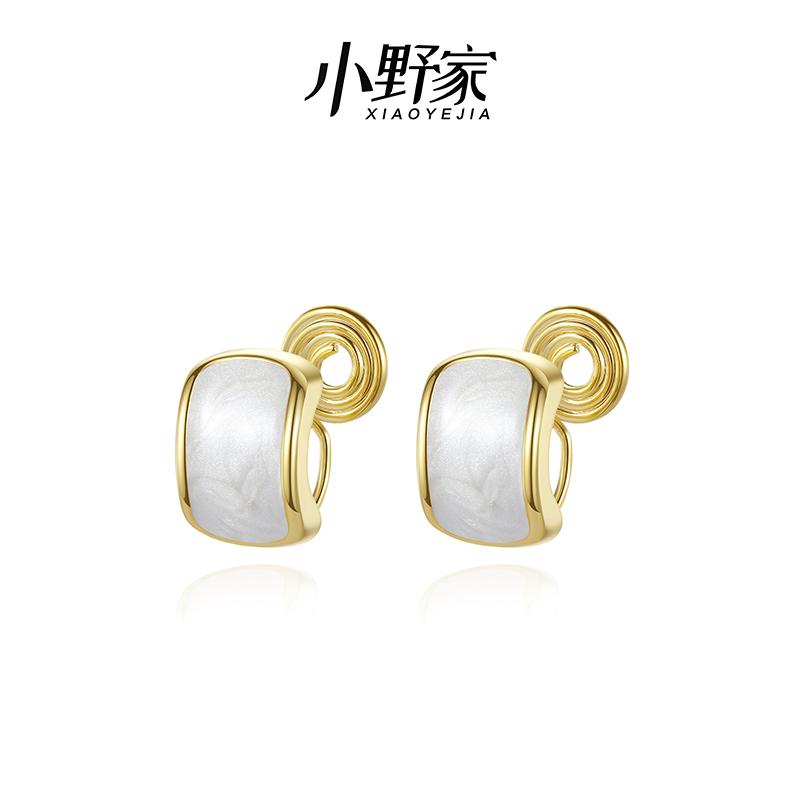 Ono family Earrings womens advanced sense ear clip non pierced earrings simple temperament Earrings 2021 new earrings