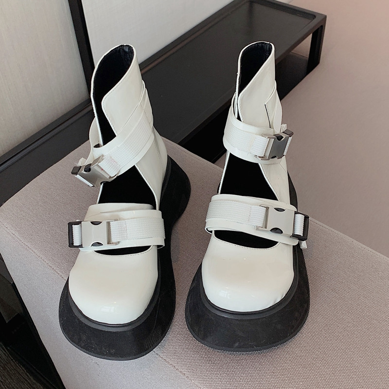 Net red Martin boots womens European and American 2021 spring and autumn new hollow out one-line buckle with thick bottom small high top punk single shoes