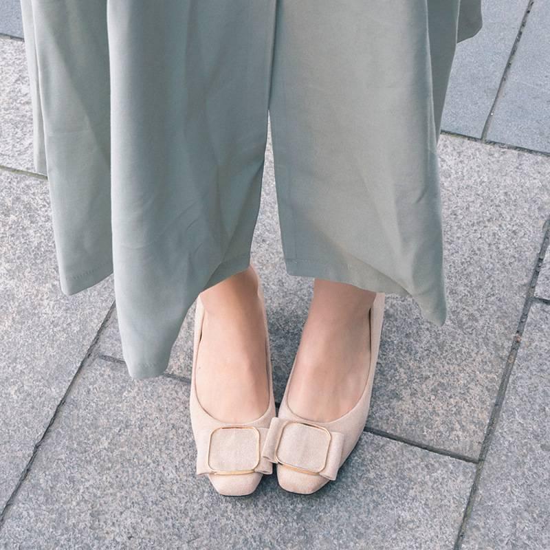 2020春秋季单鞋女士方头高跟鞋方扣浅口粗跟大小码31-43码淑女鞋