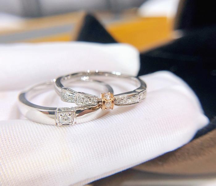 新品18K金骑士公主钻石对戒白金戒指情侣钻戒 订婚 求婚 结婚戒指