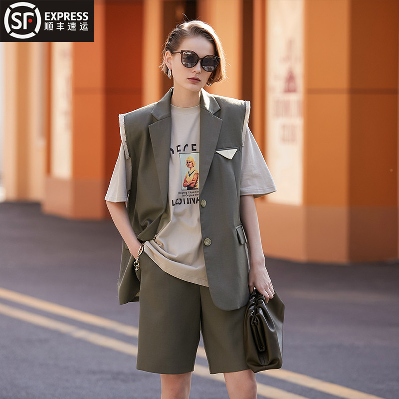 European station sleeveless heavy industry suit waistcoat women's summer loose waistcoat European fashion trend thin style