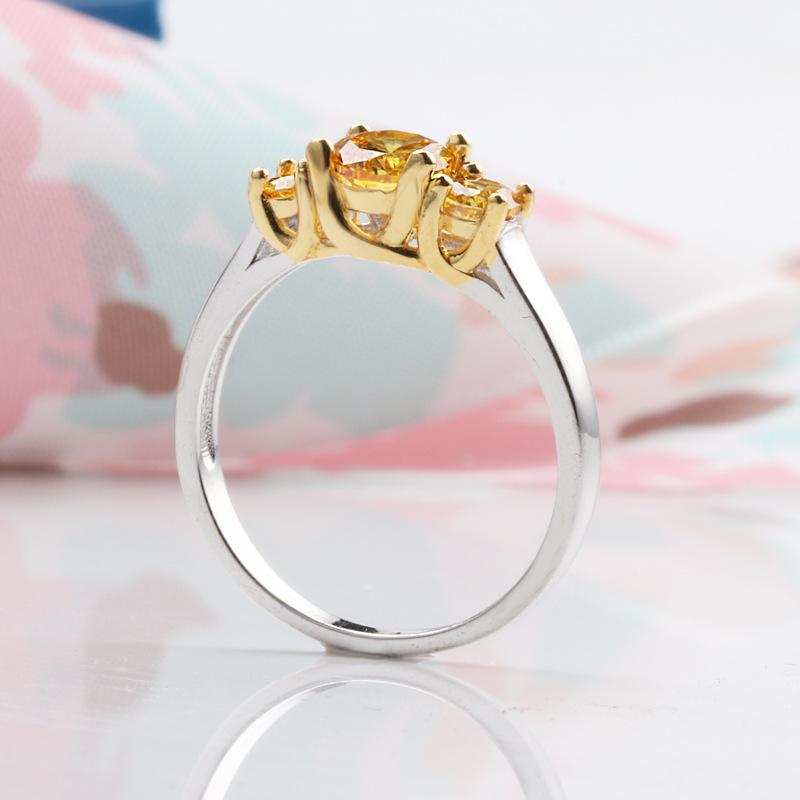 新款奇特复古少女仿黄色钻石叛逆戒指哥特式三眼黑暗系手指间饰品
