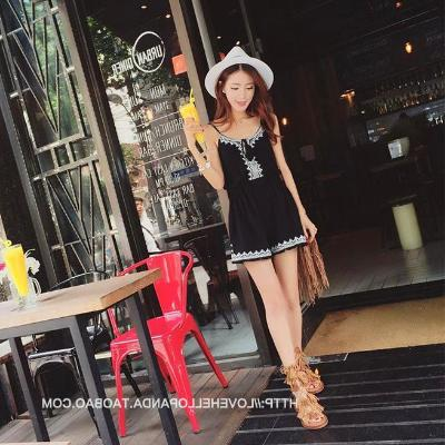 2020 new set of strapless one-piece pants for female summer students Korean loose suspender High Waist Wide Leg beach shorts