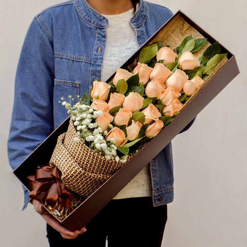 情人节鲜花速递同城香槟玫瑰花束生日礼盒郑州南京苏州杭州宁波合