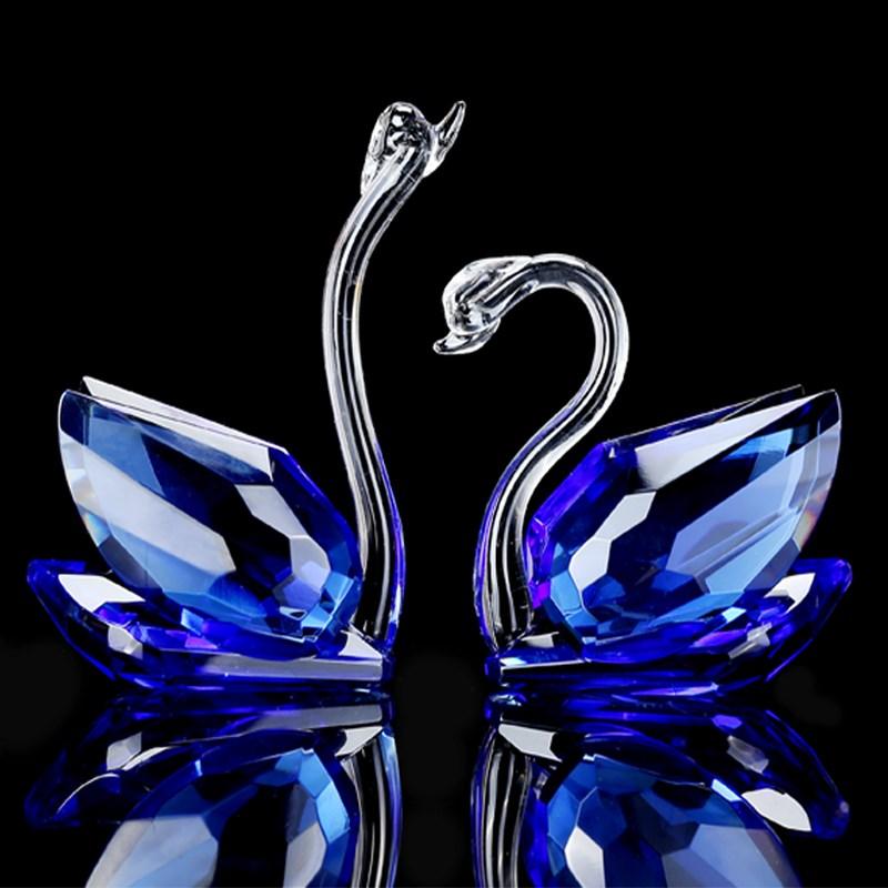 创意水晶天鹅新居礼品结婚送礼物新婚客厅酒柜摆件家居装饰工艺品