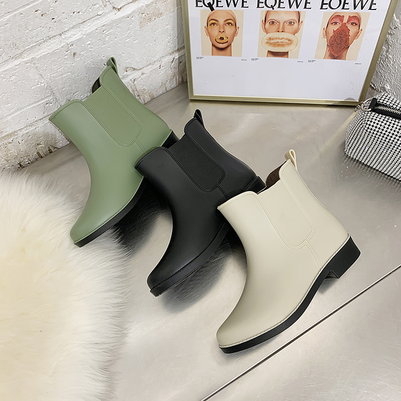 Japanese sweet ins fashion style outer wear rain boots women short tube waterproof non-slip rain boots plus velvet warm in tube overshoes