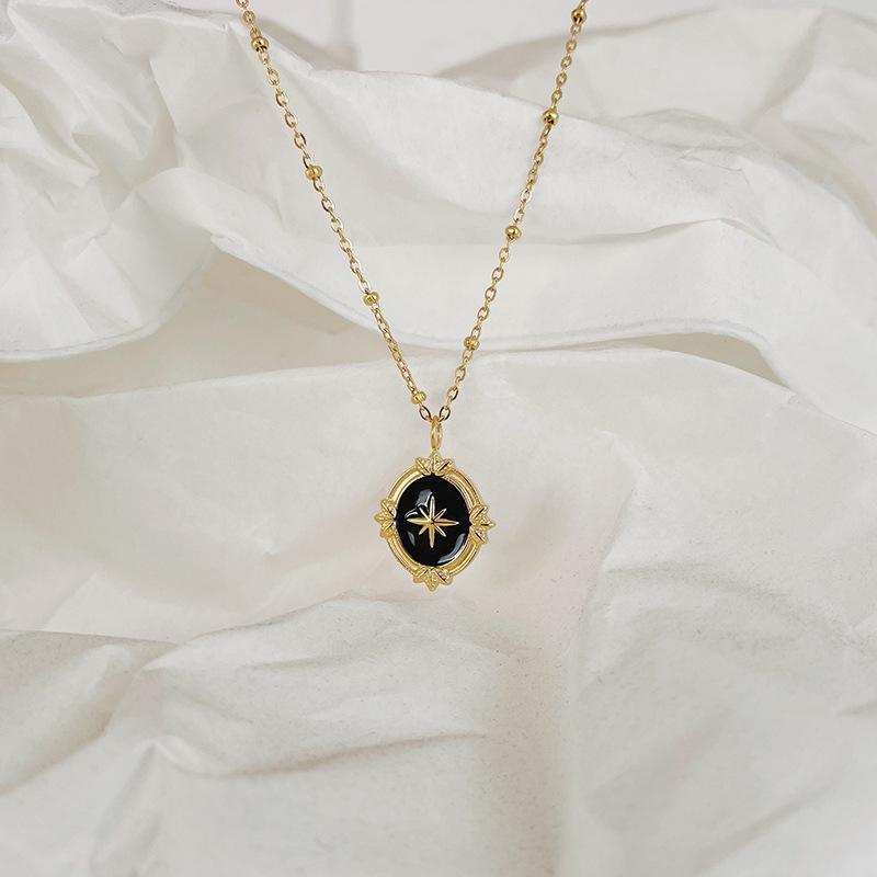 Whale rain jewelry Lolita little star octagonal star glue Sen series gold black necklace clavicle chain titanium steel color protection