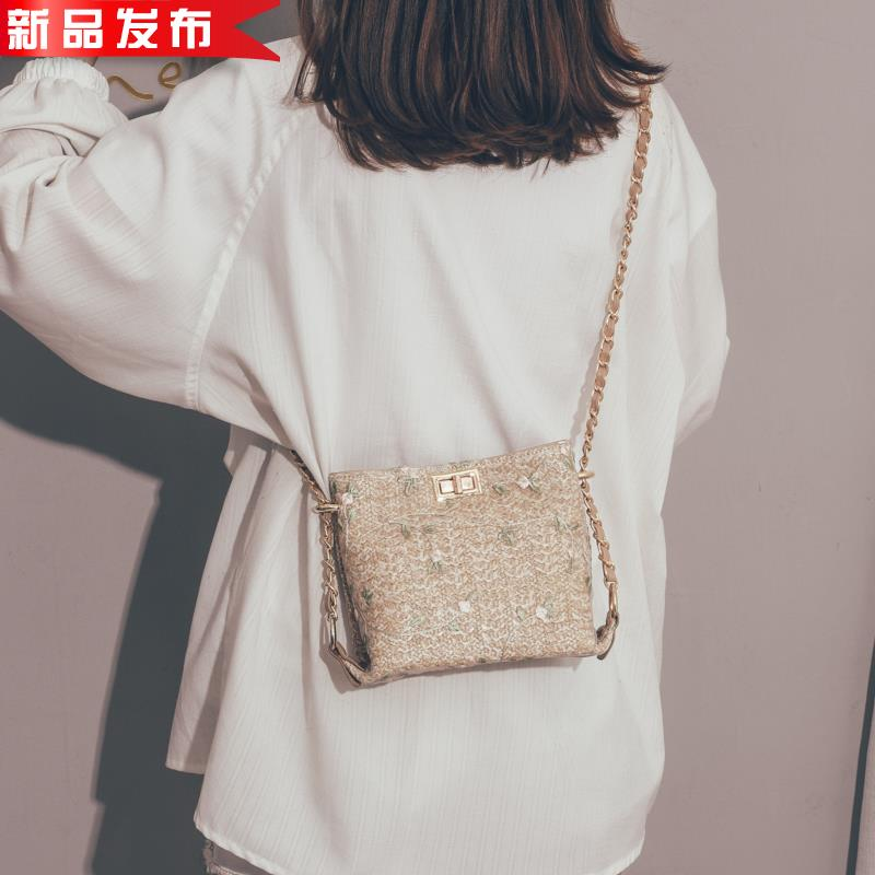 Style bag weaving r weaving bag learning tourism new Korean straw woven bag female bucket convenient for travel in 2019