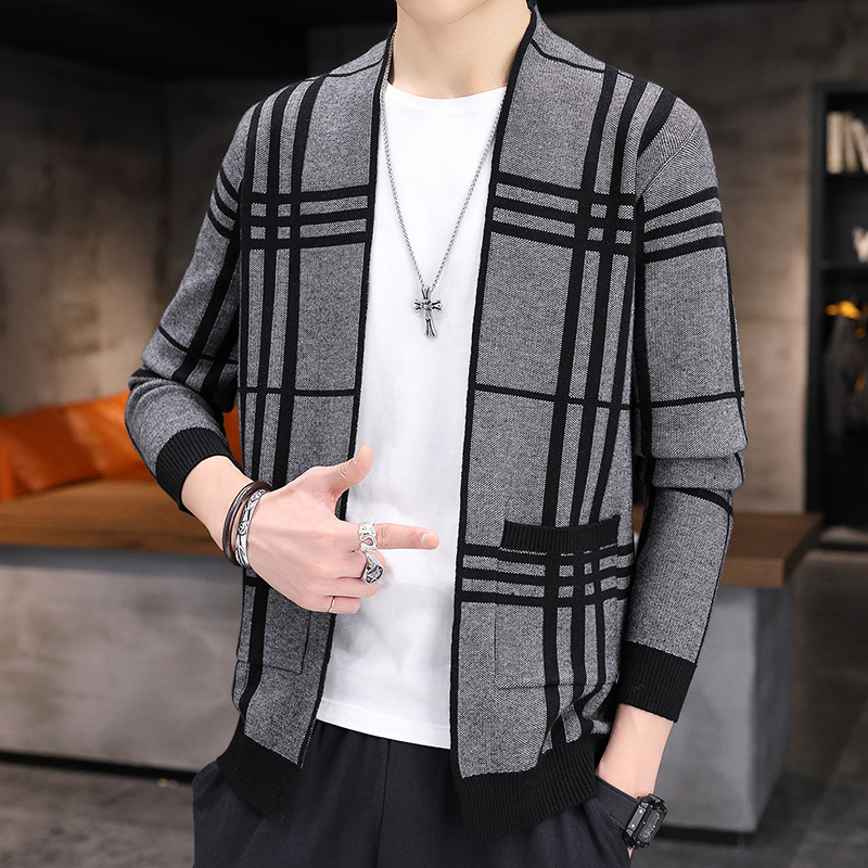 W. Xuan2020 autumn / winter new sweater coat mens cardigan outer wear top trend slim fitting line clothes Korean mens wear
