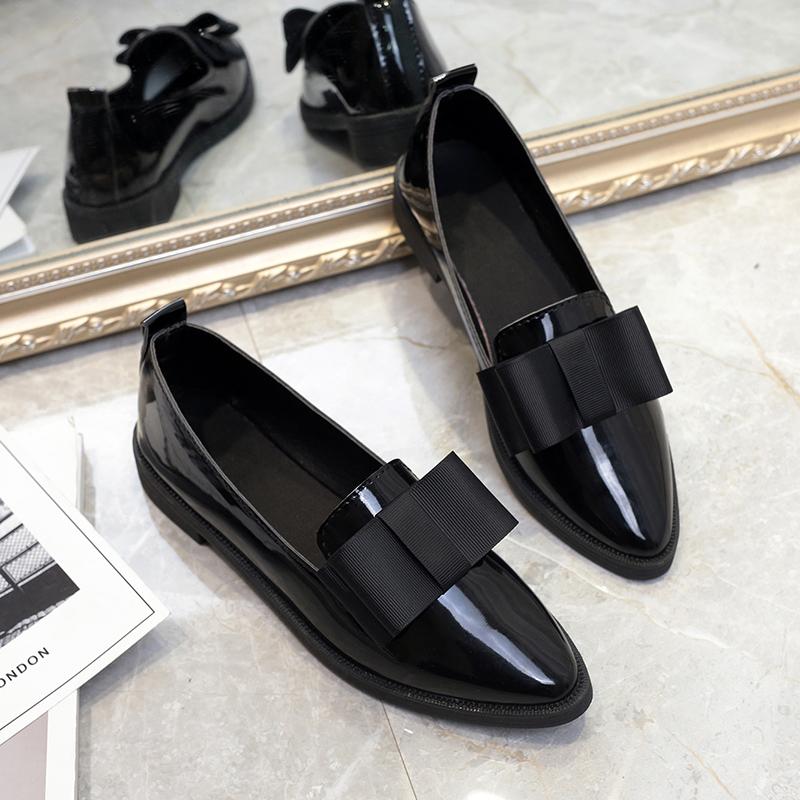 唐晶同款英伦风平底单鞋乐福鞋漆皮上班黑色工作鞋职业小皮鞋女秋