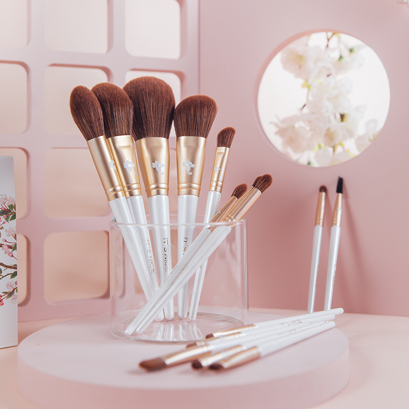 Itsnice Yulan 15 new scholar makeup brush set new gloves brushes loose powder blush full kit brush
