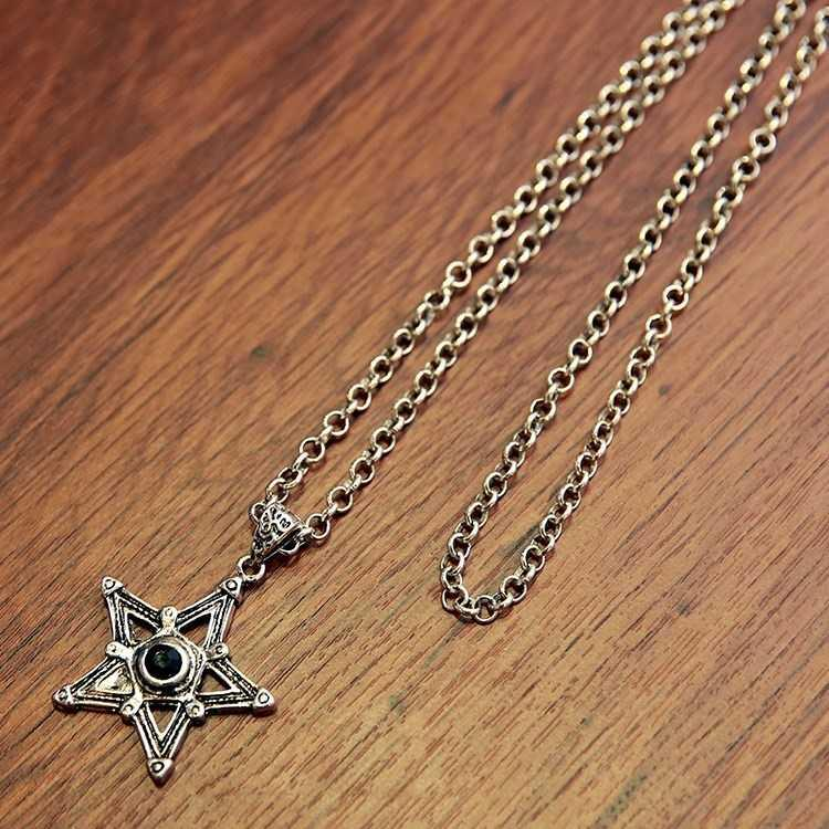 Chinas fashion neck chain womens long neck hanging clothes chest chain accessories fashion men trendy men in summer