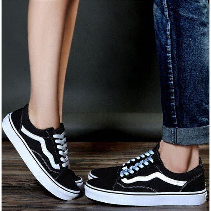 万斯经典款帆布鞋学生高帮透气滑板鞋百搭休闲小白鞋男女鞋情侣鞋151.00元包邮