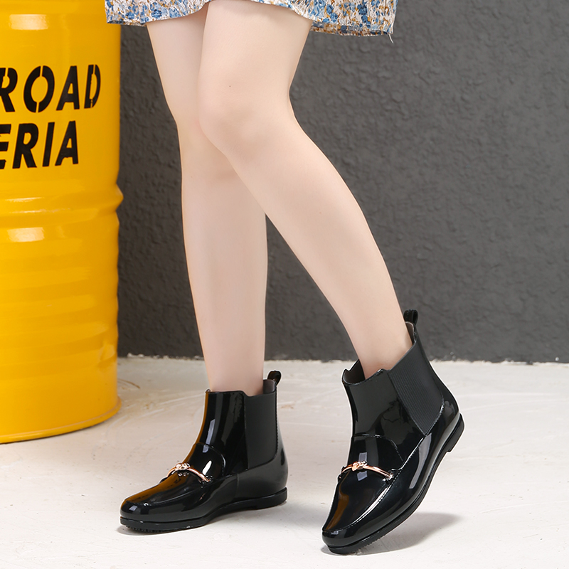 Summer rain shoes womens short tube fashionable Rain Boots New Cotton added warm water shoes anti slip waterproof water boots low heel student shoes