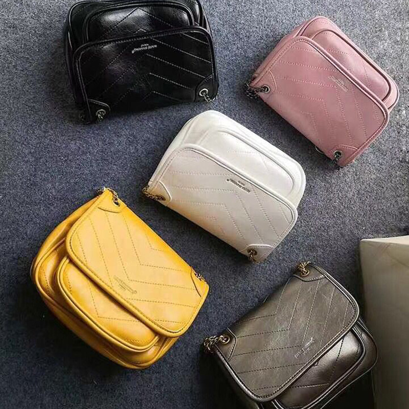 Japan, Europe and America fashion with anti-counterfeiting code Mars small postman bag