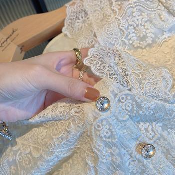 秋装v领法式长袖蕾丝女打底衫衬衫