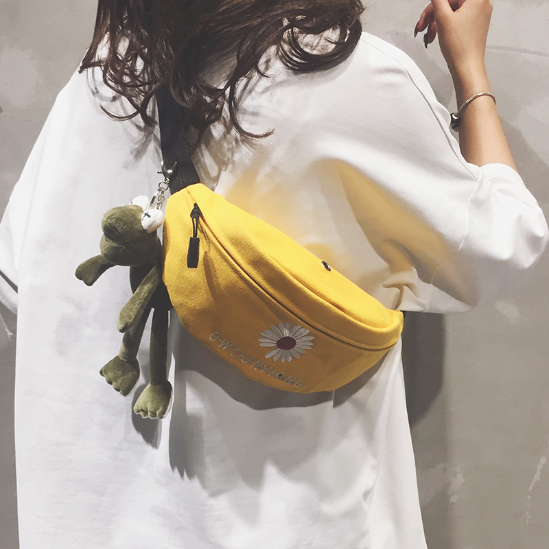 Net Red Canvas Bag Girl 2020 new Korean fashion chest bag ins girls all-around straddle waist bag trend