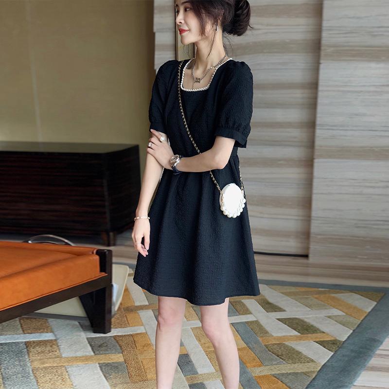 黑色连衣裙女夏方领显瘦a字裙小个子欧货连衣裙女2021新款欧洲站