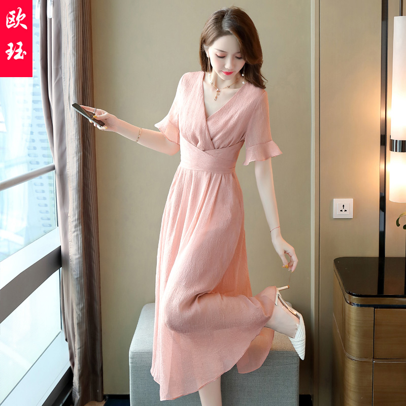 Dress women 2020 new relaxed leisure summer students fashion foreign style, slim fit, breathable and fresh collocation