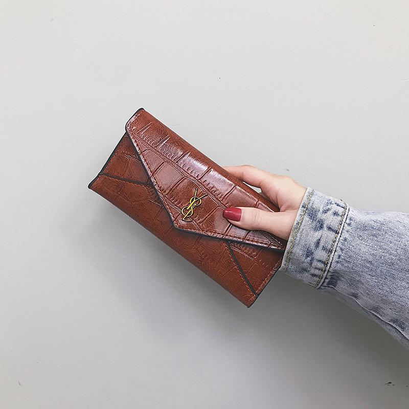 Womens wallet womens long retro 2019 new fashion Korean personalized student multi card stone three fold Wallet