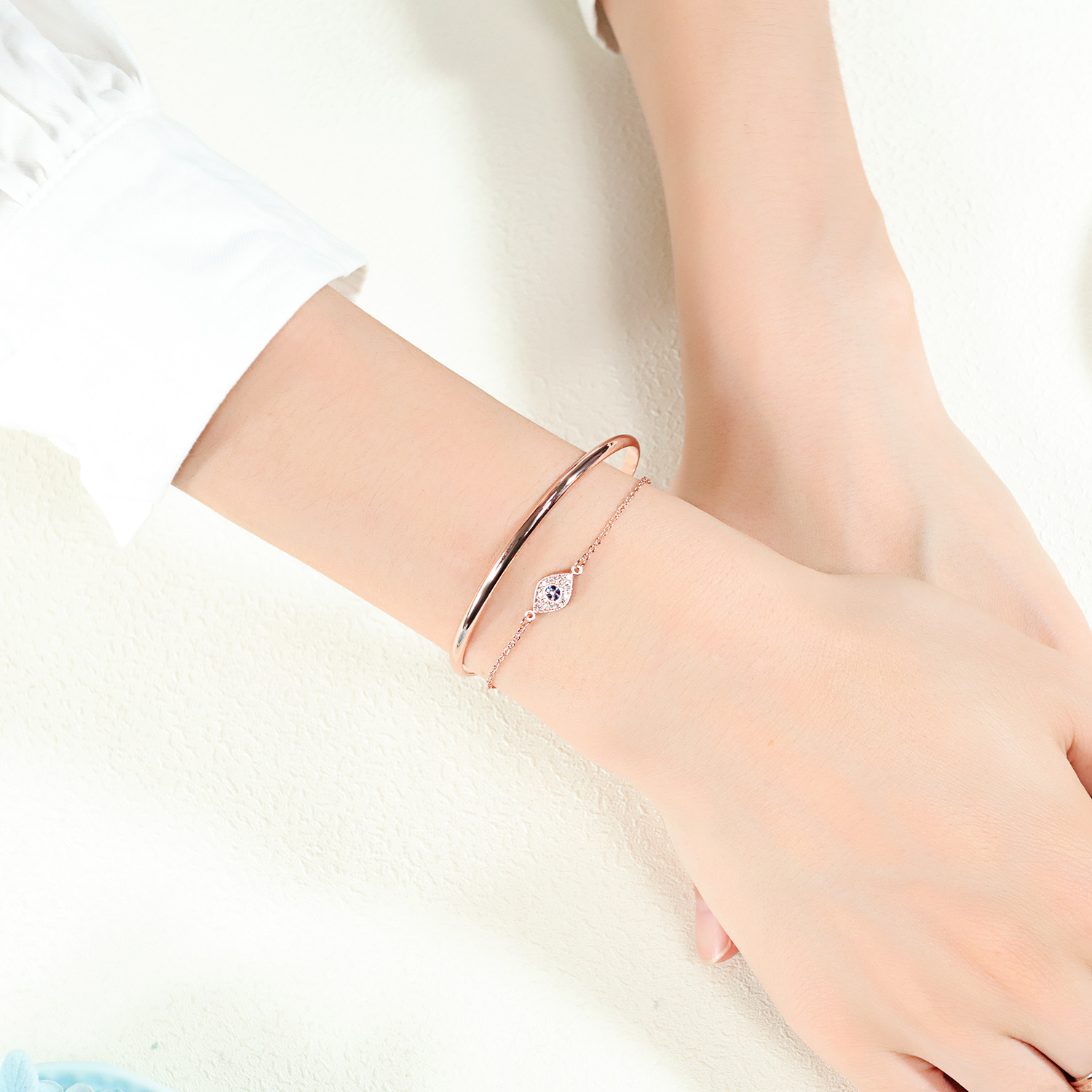 European and American all new copper plated rose gold womens bracelet, personalized diamond Eye Bracelet with watch accessories