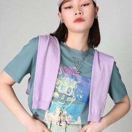 新颖阿玛施正旗舰店官网2021夏新款t恤女装正品创意涂鸦宽松短袖