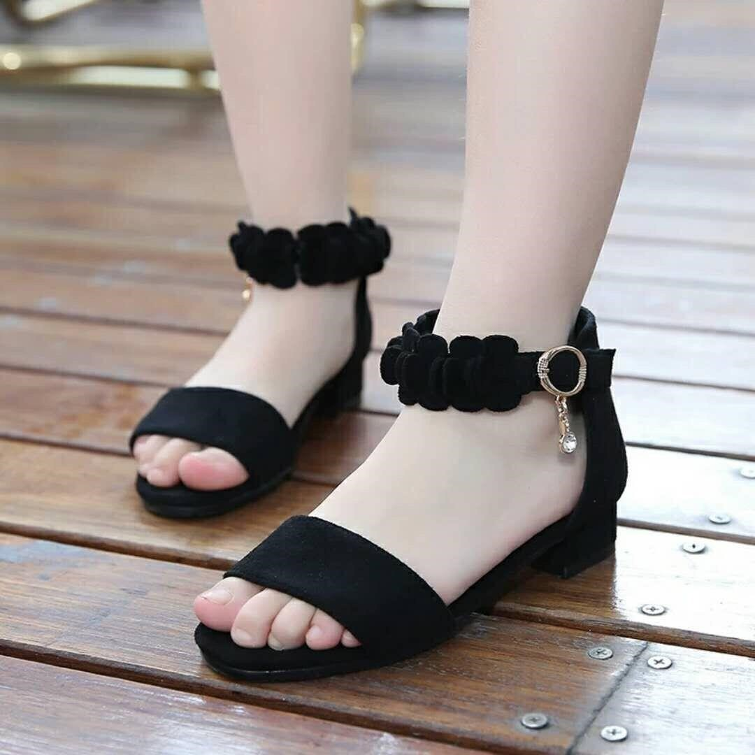 Girls shoes sandals 2020 new fashion Korean Edition summer middle big girl little high heel princess shoes childrens shoes girl