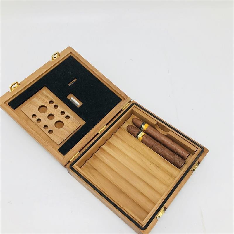 Ящики для сигар Артикул 642184957153