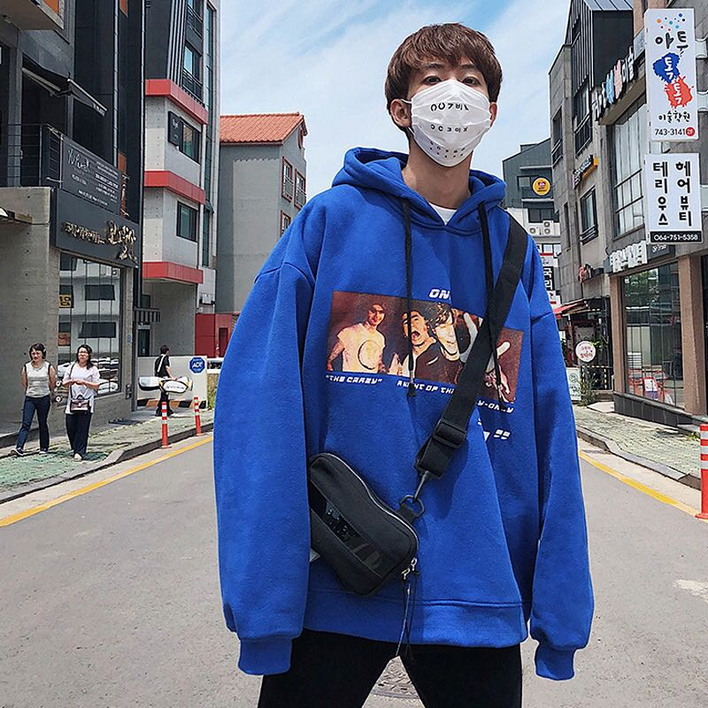 2020 letter mens round neck set head fashion brand spring and autumn students wide shoulder long sleeve Hooded Sweater mens cardigan