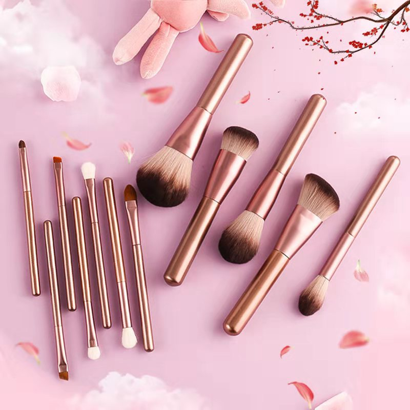 Cangzhou small grape powder, blush brush, makeup brush, soft super soft set, student price set super soft.