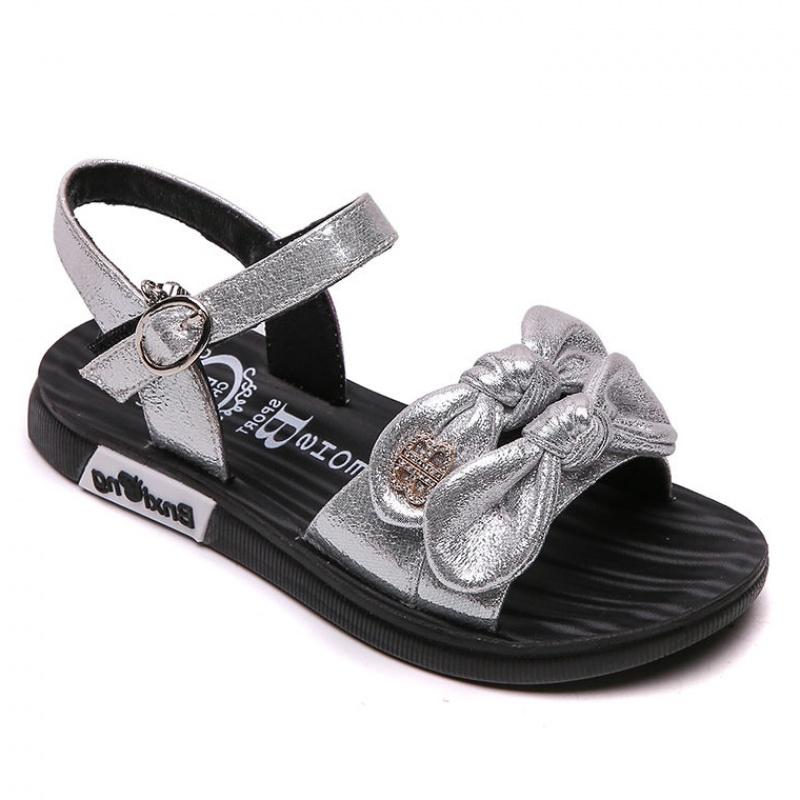 Bini bear flat bottom girls sandals soft bottom princess shoes new summer 2019 CUDA childrens fashion Korean beach shoes