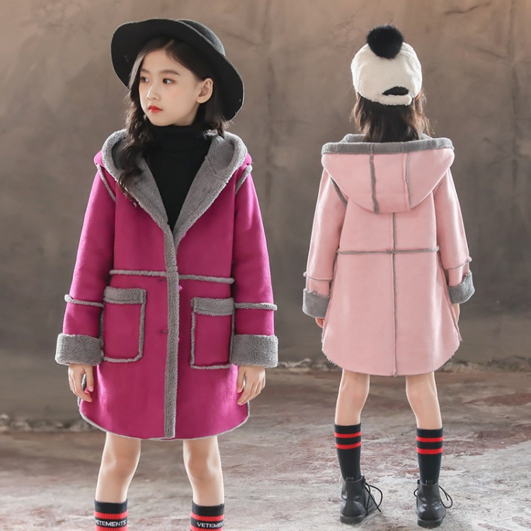 A new Korean version of tweed for children and suede coat for children