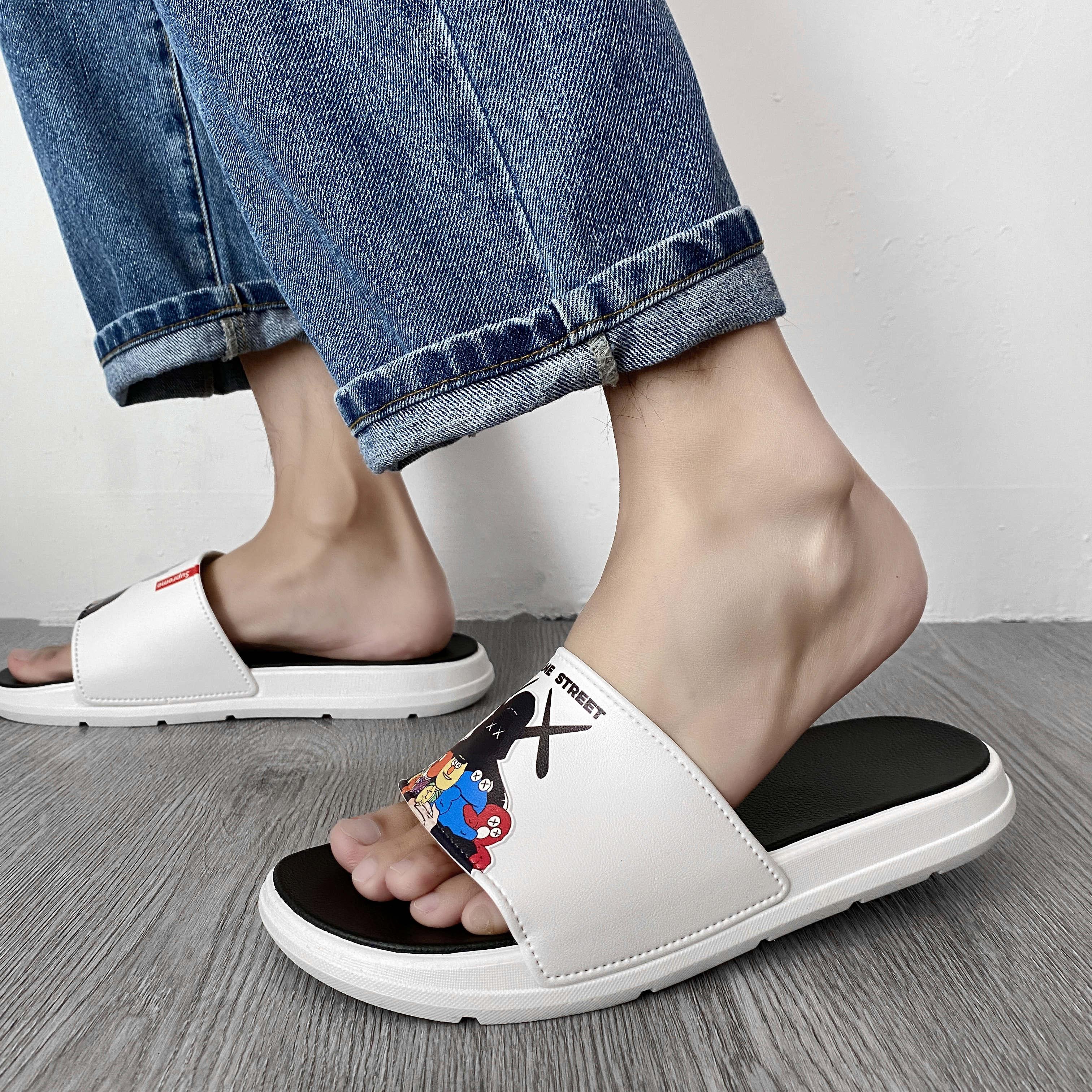 联名新款拖鞋男夏季时尚外穿室外个性防滑软底家用凉拖鞋男士沙滩