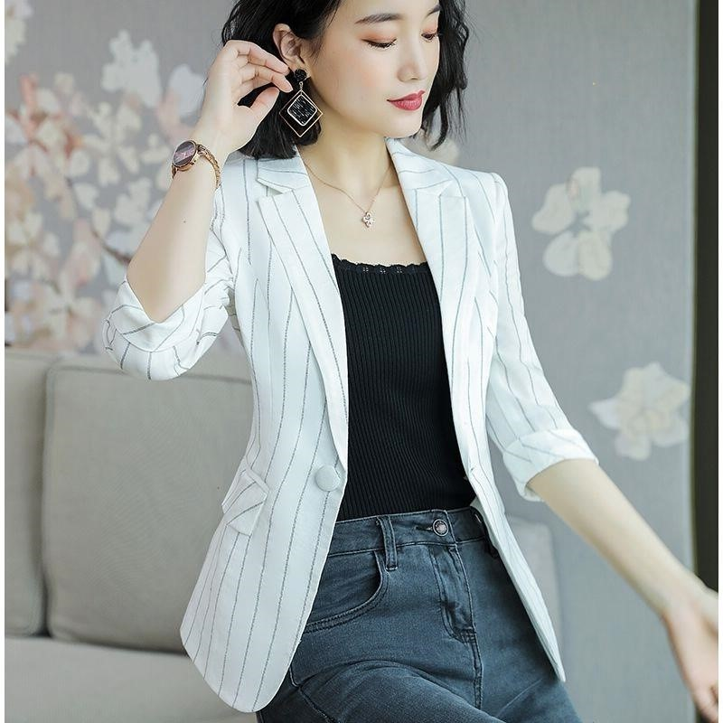 Spring Suit Jacket Womens Korean loose small suit 2019 new womens striped work clothes leisure professional wear
