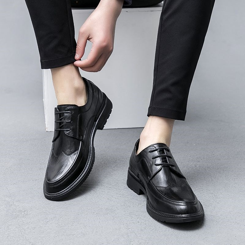 Summer breathable mens business casual shoes Korean Trend pointed youth British black formal groom mens shoes