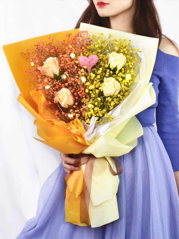 花束七夕女朋友装饰网送礼毕业送花北欧手捧花。办公室花店