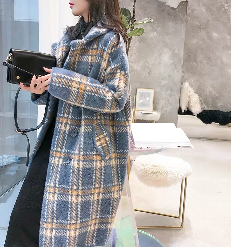 Autumn and winter new Korean loose woolen coat for womens 2019 mink like medium and long fashionable thickened plaid coat