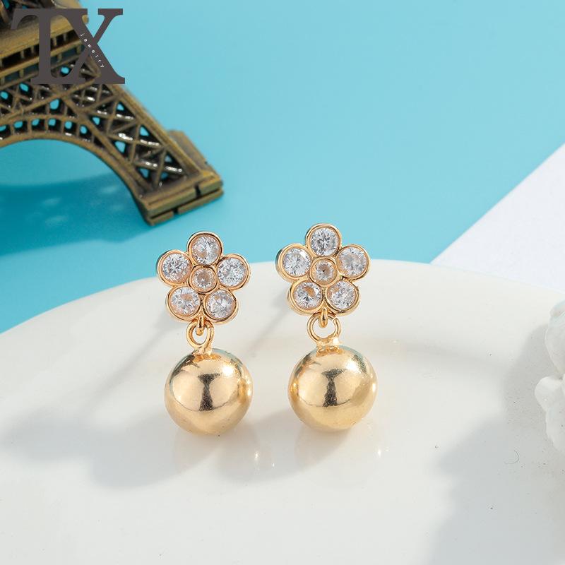 Korean fashion simple zircon ear jewelry popular flower Diamond Earrings electroplating gold earrings Taobao hot sale