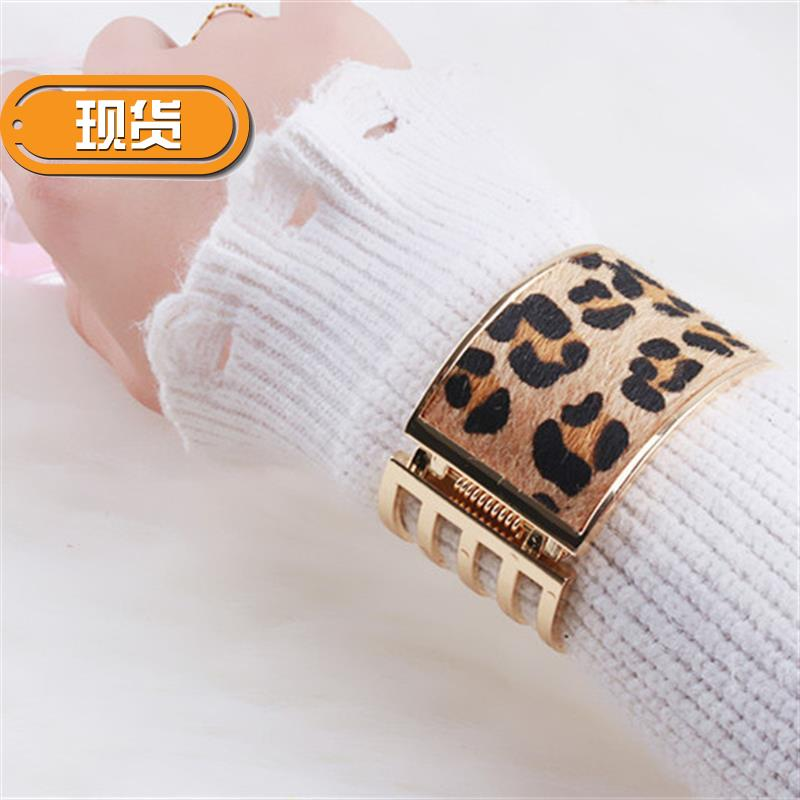 Womens bracelet 201822 new fashion personality European and American sweater Bracelet womens exaggerated wide Bracelet Cuff decoration