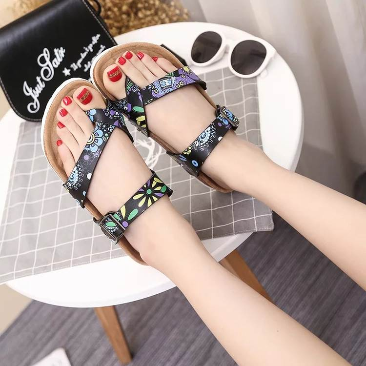 Summer 2020 new flip flops men and women Korean fashion lovers beach cork shoes casual sandals