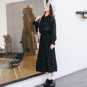春秋新款打底波点裙子气质显瘦黑色长袖雪纺连衣裙女大码百褶长裙