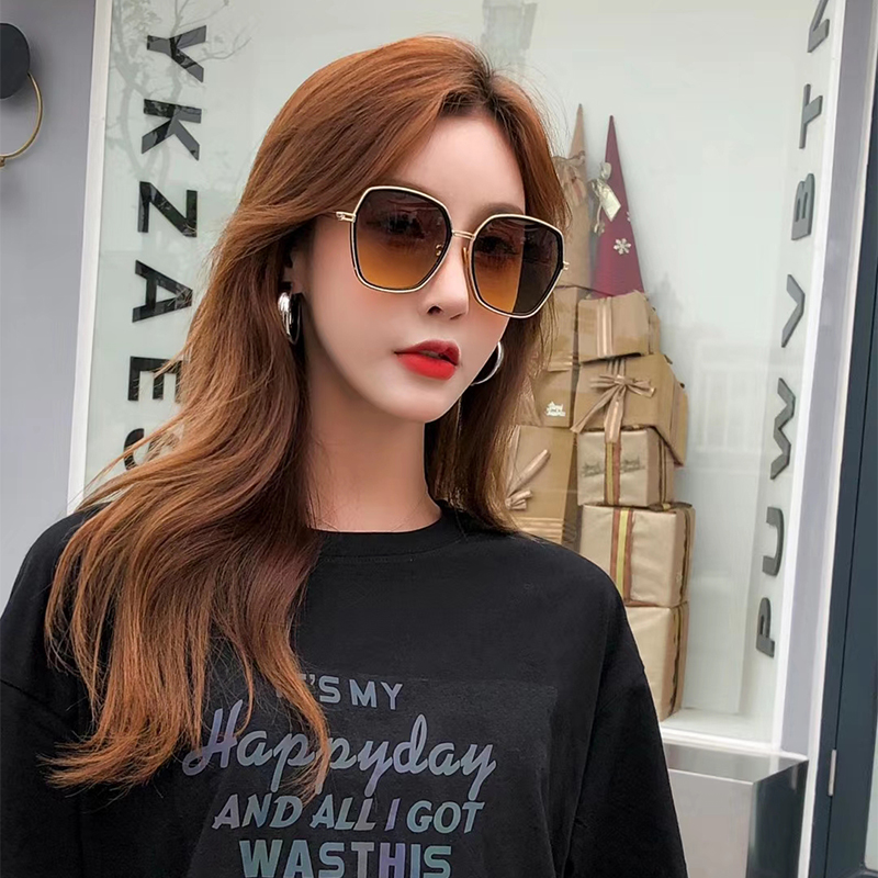 GM sunglasses, metal frame, small face, thin star, same sunglasses, female large frame, round face, UV proof, summer 2020