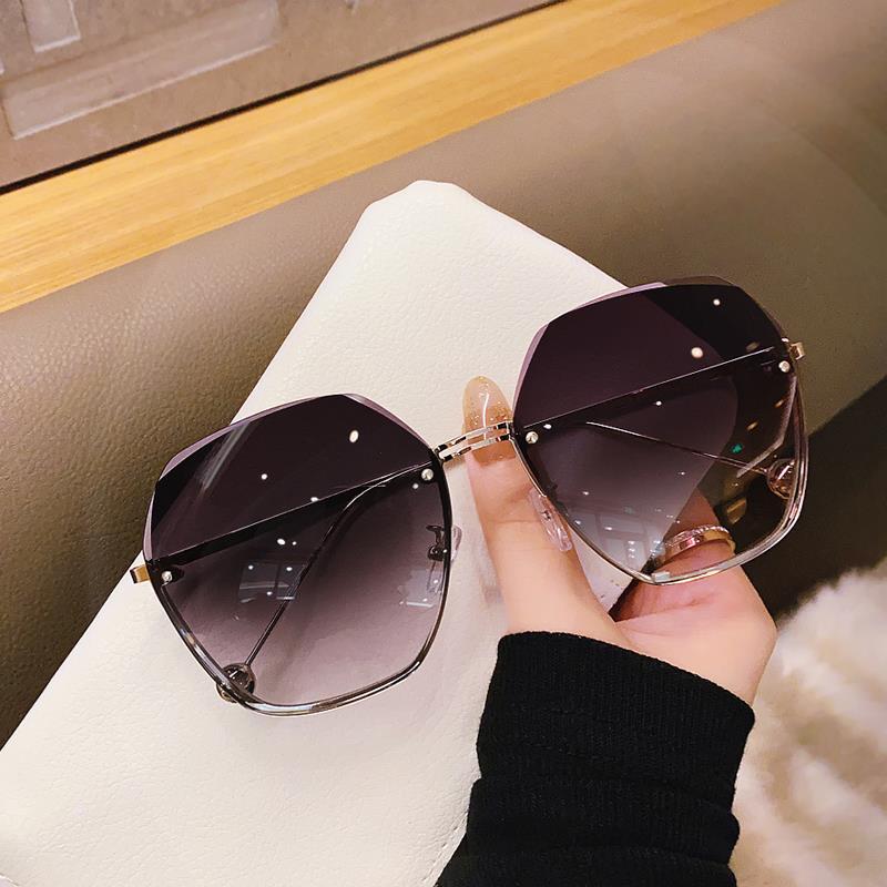 2020年新款无框切边太阳镜潮气质墨镜女大脸显瘦时尚眼镜防紫外线
