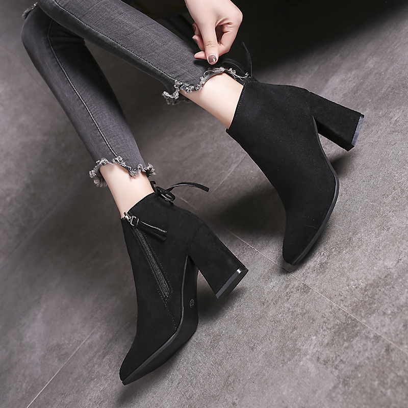 Spring and autumn 2020 Martin boots womens boots thick heel Korean Short Boots middle heel versatile suede bare boots single boot trend
