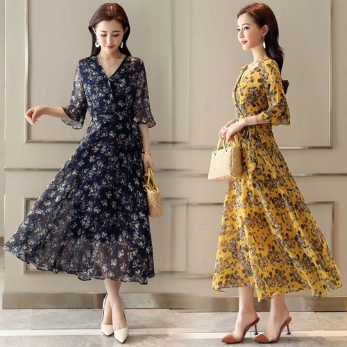 2020 new V-neck middle sleeve chiffon dress womens middle long 7-point sleeve summer Korean floral Ruffle Skirt