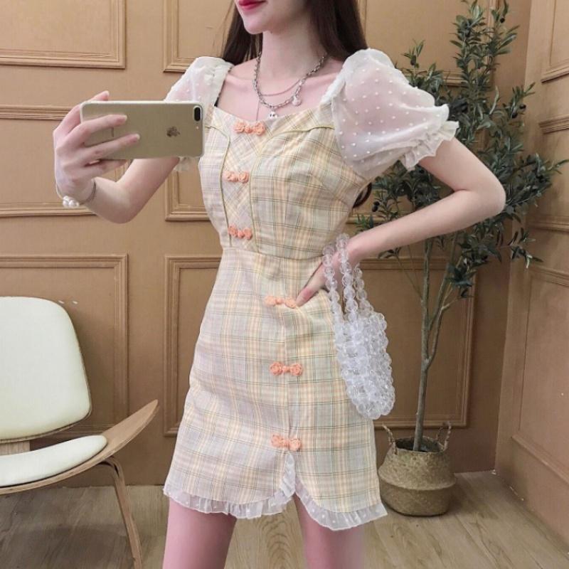 2020 summer retro cheongsam dress feminine style with button lace stitching bubble sleeve short skirt with waistband