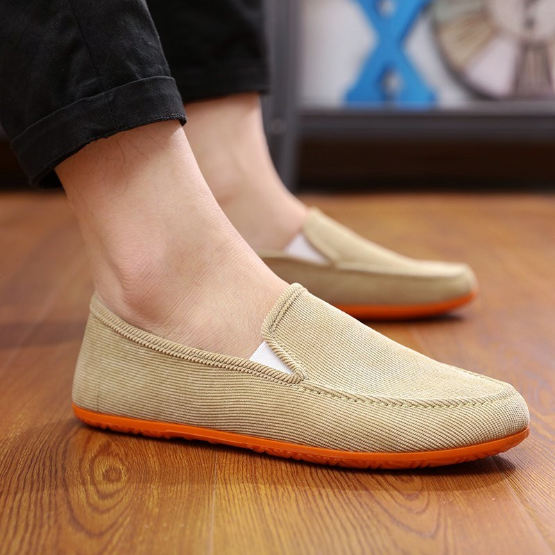 In summer, a lazy mans cloth shoes, a lazy mans shoes without belt