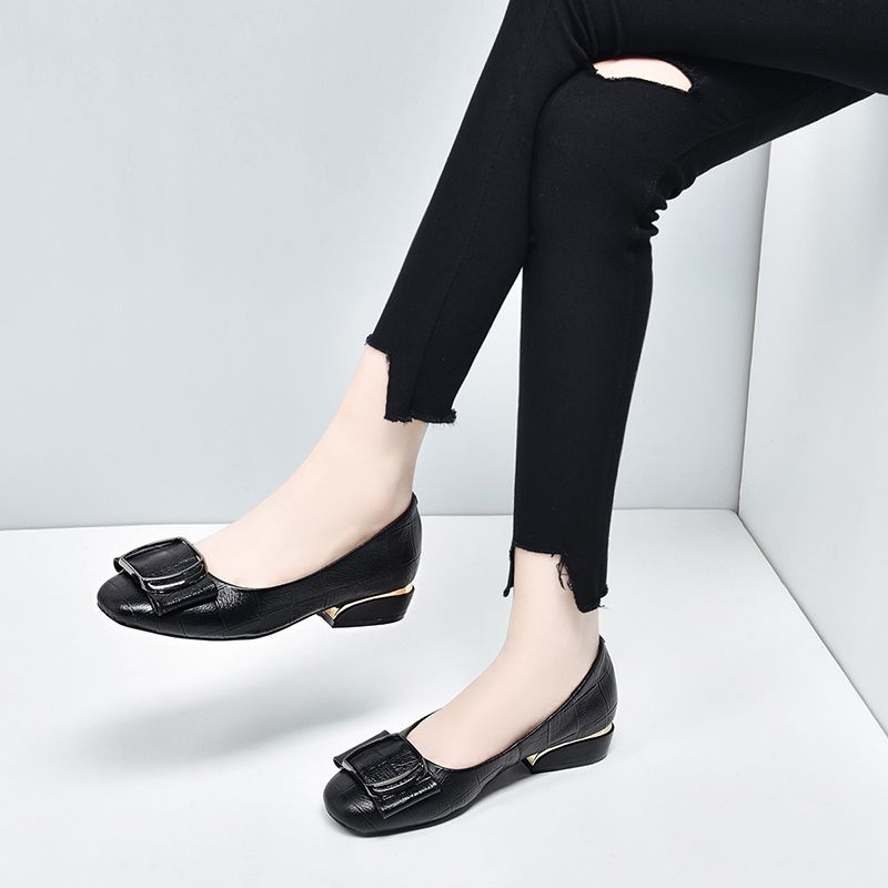 A [new in spring] new girl Doudou shoes are comfortable, emerald, durable, fragrant and versatile