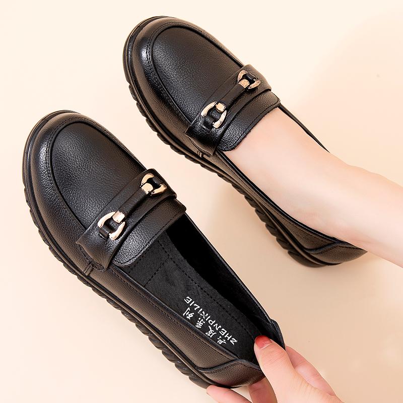 春秋真皮妈妈鞋单鞋中老年软底浅口防滑女鞋中年平底休闲老人鞋女